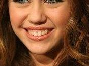 Miley Cyrus est-elle enceinte