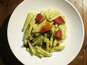 """Macaronis pesto"""" tomates confites..."""