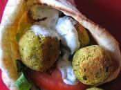 Pitas falafels four, sauce tzatziki