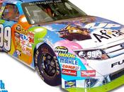 Photo semaine voiture NASCAR couleurs Disney-Pixar