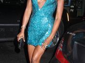 Naomi campbell très class robe soirée