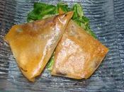 Samossas magret fumé, oignons rouges pruneaux