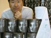 Japon, romans d'horreur lisent papier toilette
