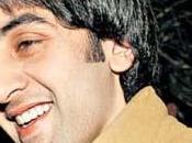 Ranbir Kapoor cédera-t-il sirènes chirurgie esthétique