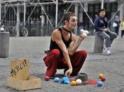 Artistes Rue. Esplanade Beaubourg Parvis l'Hôtel Ville