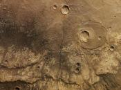 Dans canyon martien Ma'adim Vallis
