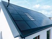 Toit panneaux solaires couverture énergetique