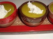 Velouté petits pois parfumé curry, quenelle ricotta-roquefort