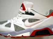 Nike sportswear spring 2010 wmns structure triax swan/sport