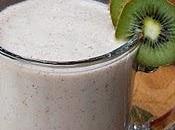 Smoothie banane, poire kiwi miel