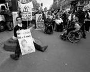 Handicap, maladie invalidante: l'urgence d'un revenu d'existence!