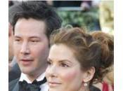 Keanu Reeves réconforte Sandra Bullock