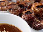 Satay poulet l'orientale, sauce épicée arachides