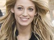 Blake Lively, Leighton Meester stars Gossip Girl débarquent Paris