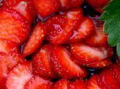 Mousse faisselle chèvre fraises tartelettes, mousseline menthe
