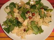 Salade pâtes pommes, noisettes, mâche emmental