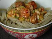 Linguine basilic, sauce merguez, courgettes tomatée pimentée
