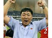 Jong-hun, sélectionneur nord-coréen, humilié publiquement Pyongyang.