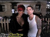 """Nouveau clip Eminem feat Rihanna love lie"""""""
