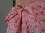 Robe bustier nœud-nœud
