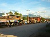 jour j'ai jeté Lonely Planet Laos... Part.