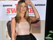 Jennifer Aniston Elle défend ennemie, Angelina Jolie