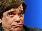 "Bernard Tapie, symbole victime ""système"""