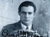 livre jour Ernest Hemingway ans. homme blessé, Luce michel