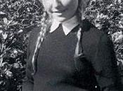 Catherine Robbe-Grillet, Jeune mariée