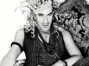 John Galliano pour moment innocent