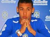 Menezes envoie Neymar Angleterre