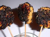 Sucettes poulet sésame noir