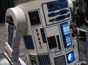 R2-D2 pleins consoles