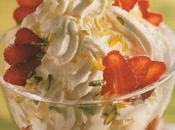 Verrine fraises Chantilly, orange confite pistaches