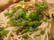Soupe wonton (nouilles raviolis)
