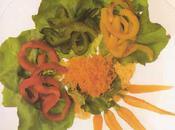 Fraîche salade Bibb laitue poivrons, vinaigrette raifort