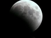 MoonBatteryTheme Soyez dans lune pendant chargement votre iPhone