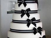 Wedding cake noeuds noirs