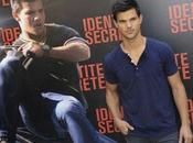 Taylor Lautner Paris pour l'avant-première film Identité Secrète (Abduction)