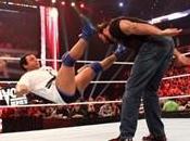 Kevin Nash attaque Santino Marella