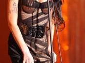 Winehouse chante pour clients