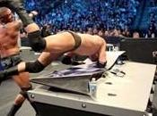 Randy Orton contre Wade Barrett match tous dangers