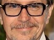 Gary Oldman dans Robocop
