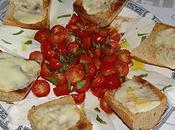 Brunch Tartines Scamorza fumée, tomates cerises mozzarella basilic