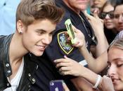"Justin Bieber chante ""Boyfriend"" 'Late Show"" David Letterman"