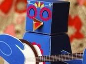 'Banjo Bird' papertoy Samantha Eynon