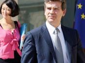 Arnaud Montebourg Fleur Pellerin annoncent mesures favorables l'emploi l'investissement dans secteur télécoms