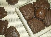 Carrés pâte d'amandes enrobés chocolat Recette Kebir
