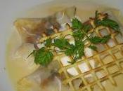 Ravioles d'escargots bouillon d'ail doux!!