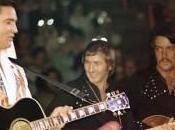 Elvis accueille John Wilkinson paradis musiciens rock.